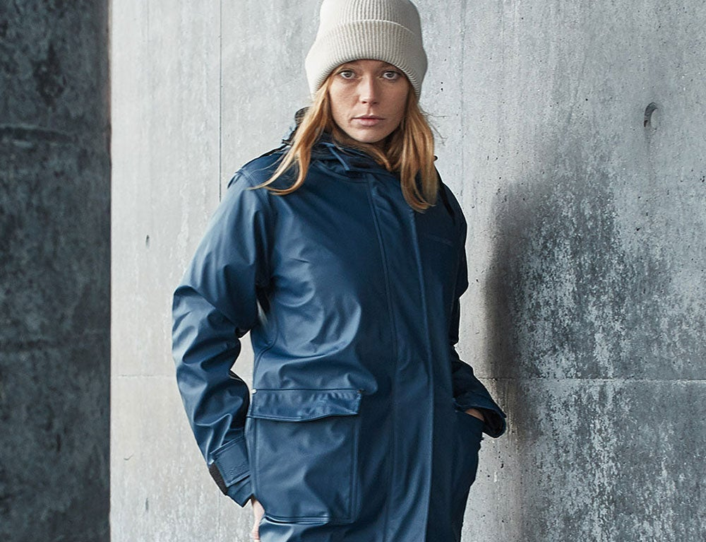 Didriksons AW18 collection blue raincoat for women